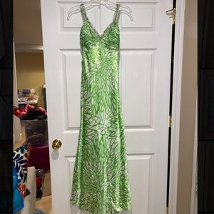 Morgan & Co. Prom dress - green and white print